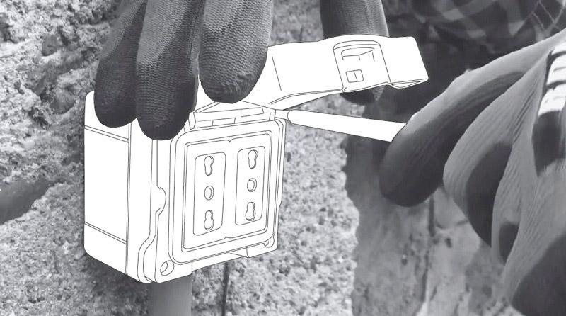 cómo cambiar enchufe exterior - ponerlo en la pared