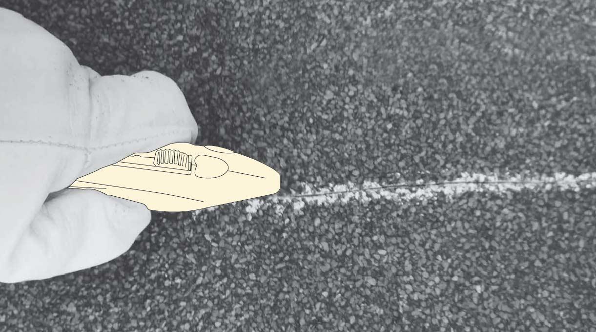 como impermeabilizar un muro - cortar la membrana asfáltica