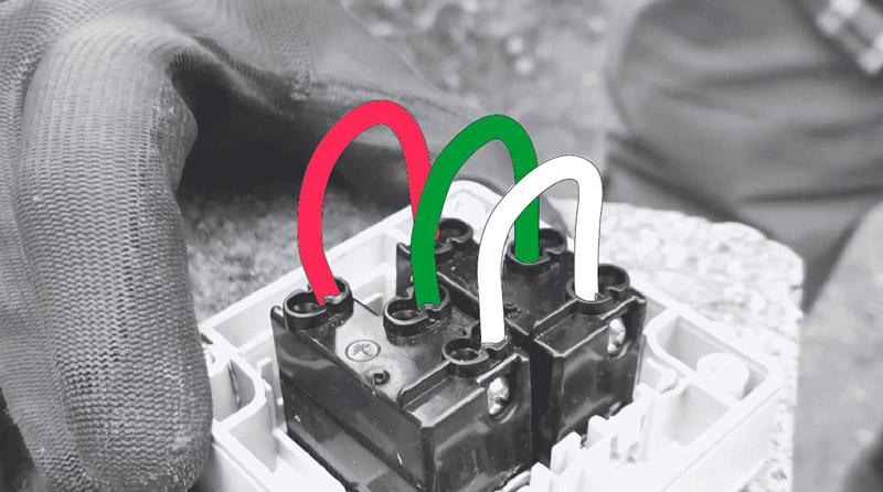 cómo cambiar enchufe exterior - hacer puente con cables