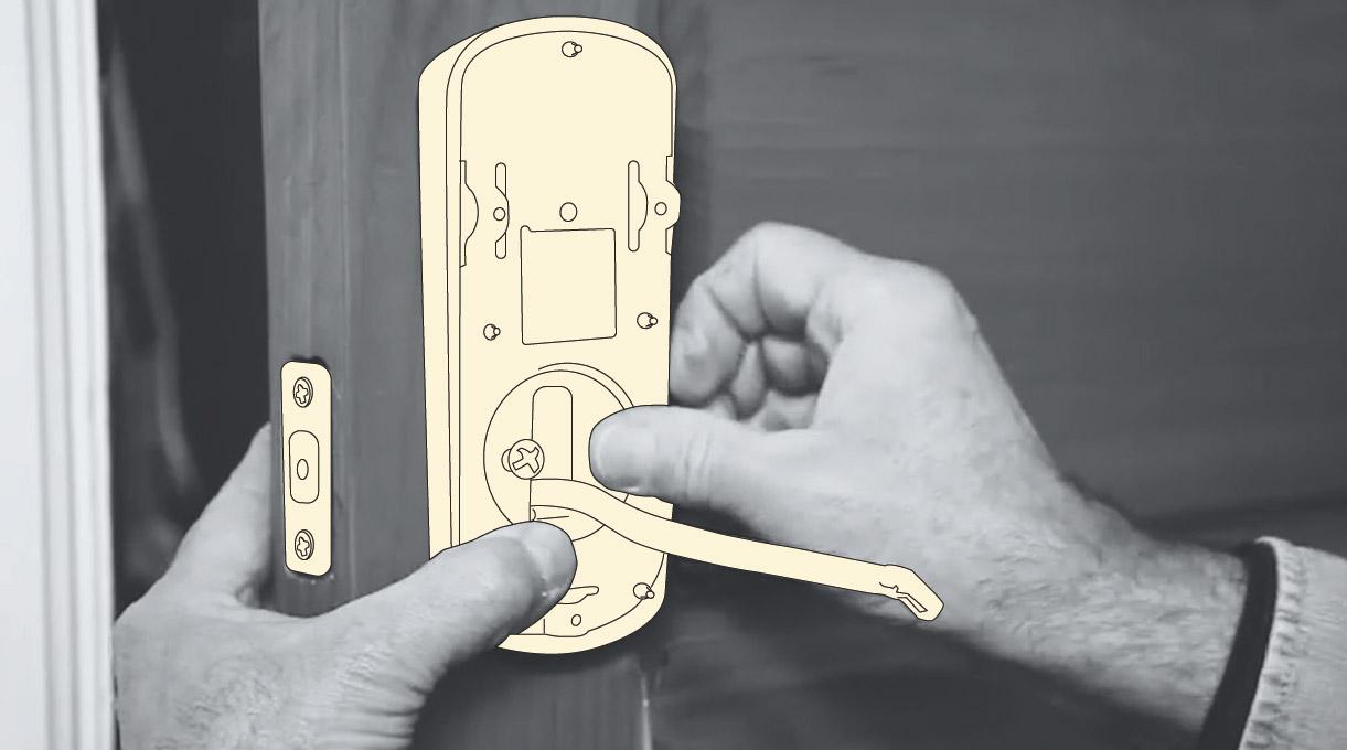 como instalar una cerradura digital - colocar la parte interior