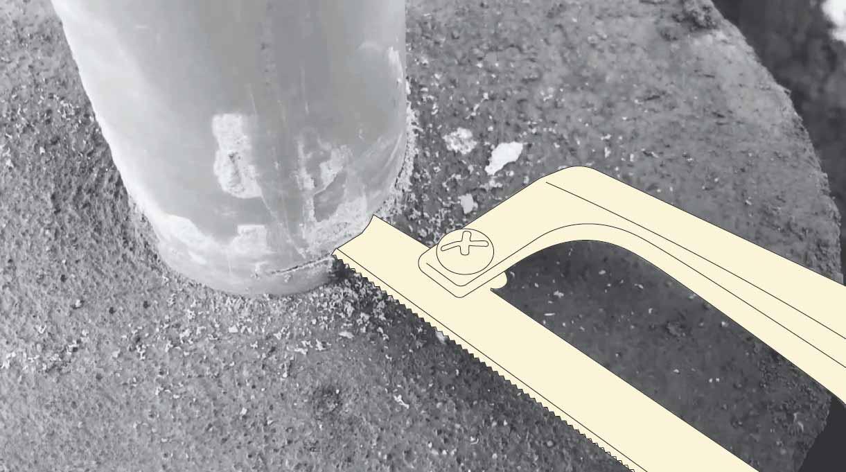 cómo hacer un mástil de bandera - corta el tubo de pvc con sierra