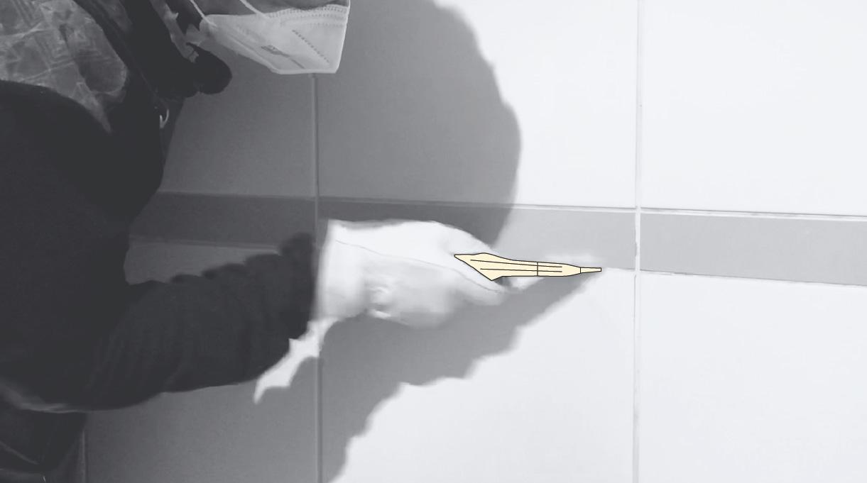 remover el fragüe de la cerámica dañada