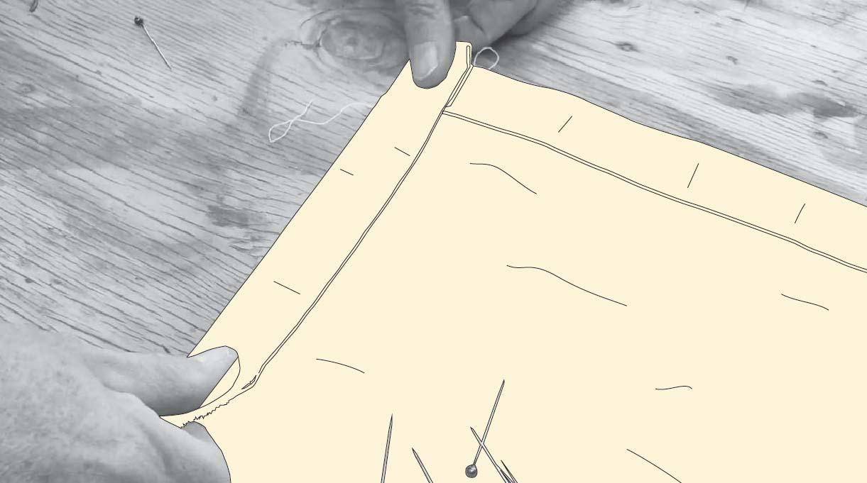 Cortar y doblar la tela del toldo para terraza