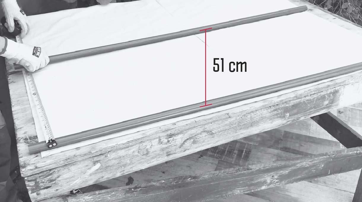 separar los tubos 51 cm en la tela