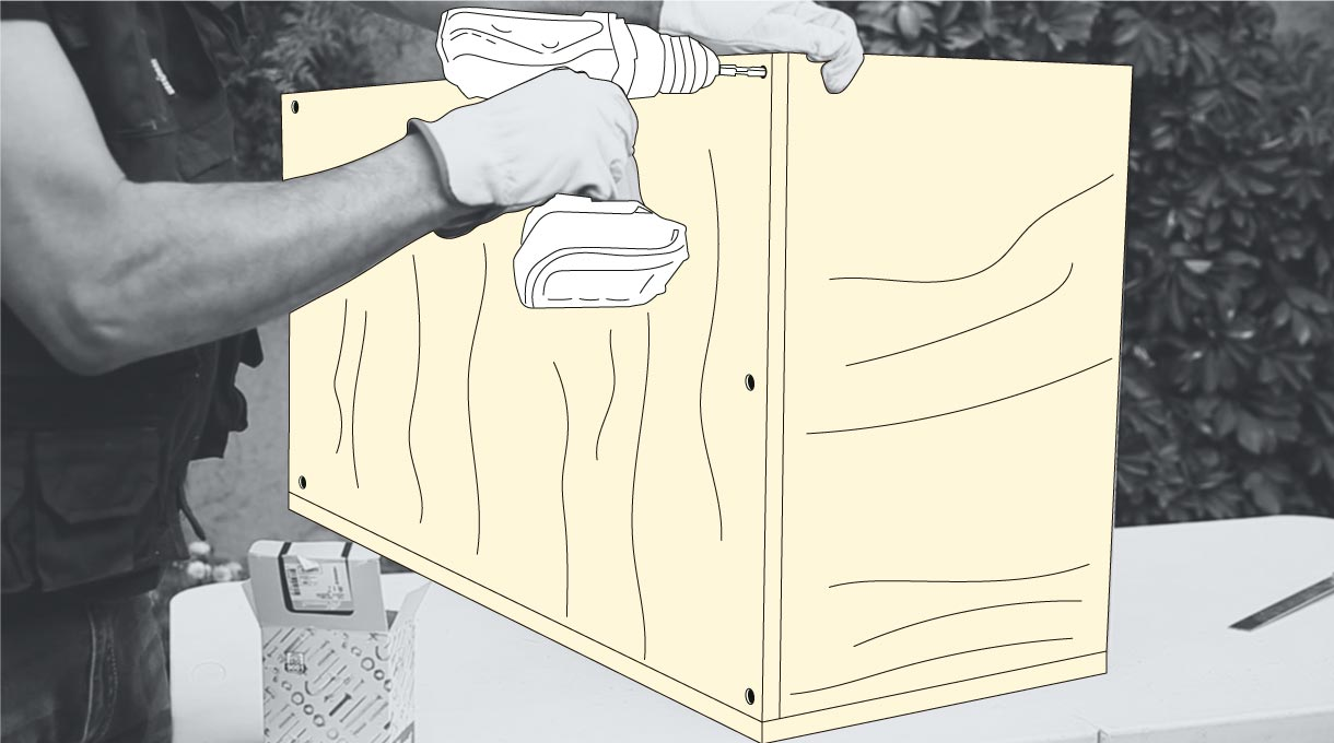 """Atornilla en las cuatro puntas de las laterales los tornillos dry wall 6 x 2"""" a la plancha trasera"""