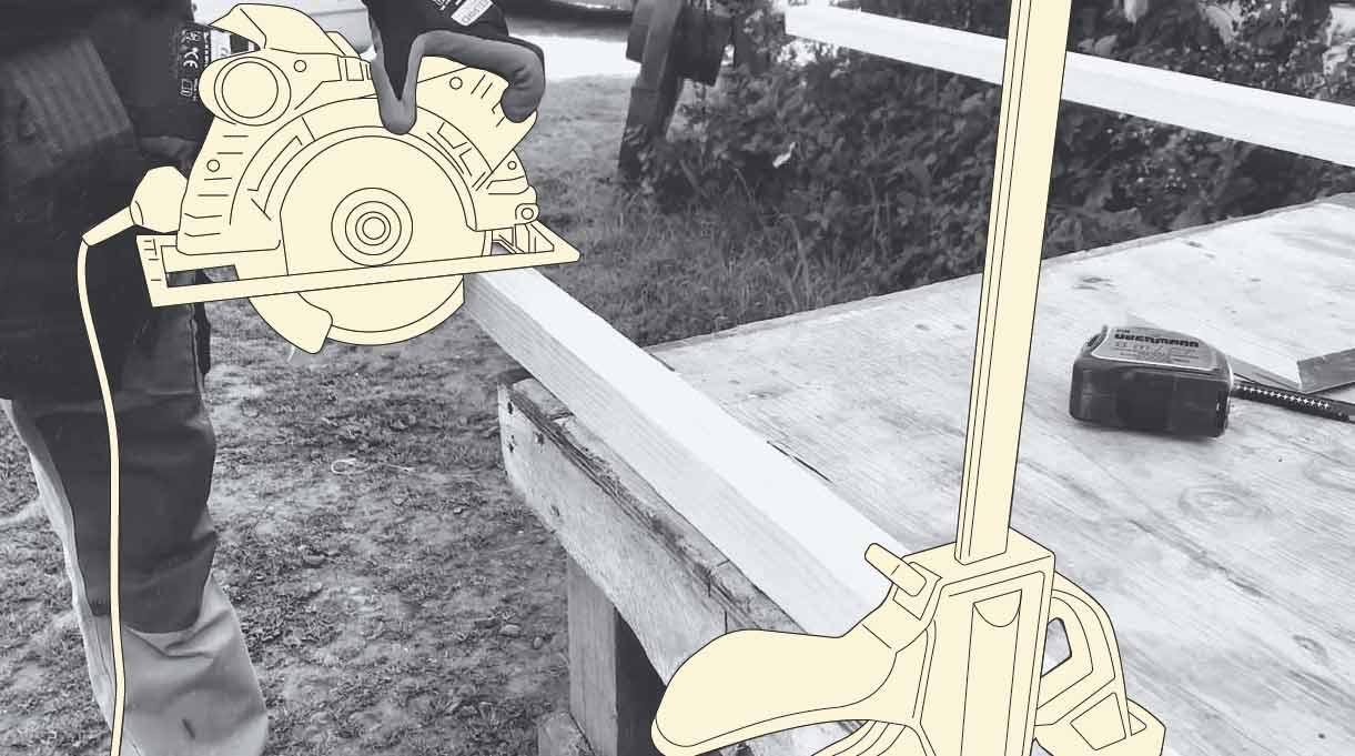 cortando la madera con sierra circular