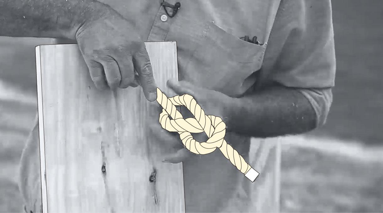 Nudo en la cuerda para colgar los columpios