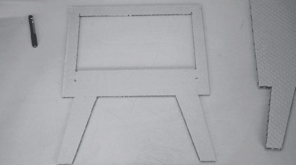 marco frontal con calado