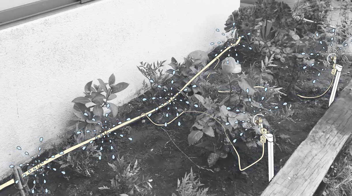 riego automático funcionando en la jardinera