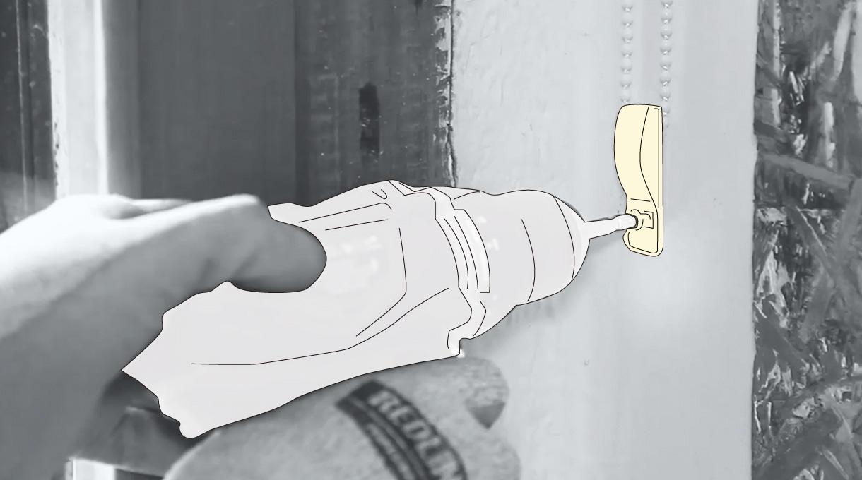 Atornillar el pasador con el taladro