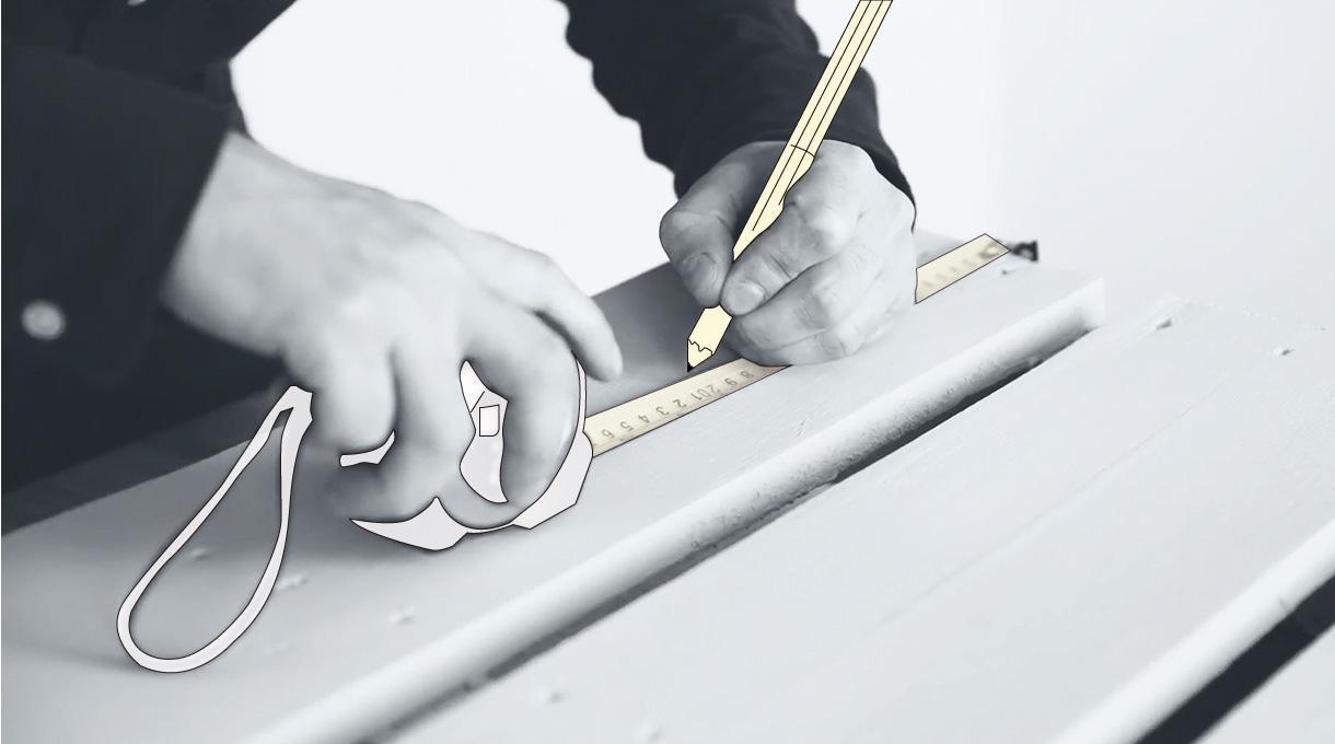 Medir para instalar los ganchos para el organizador