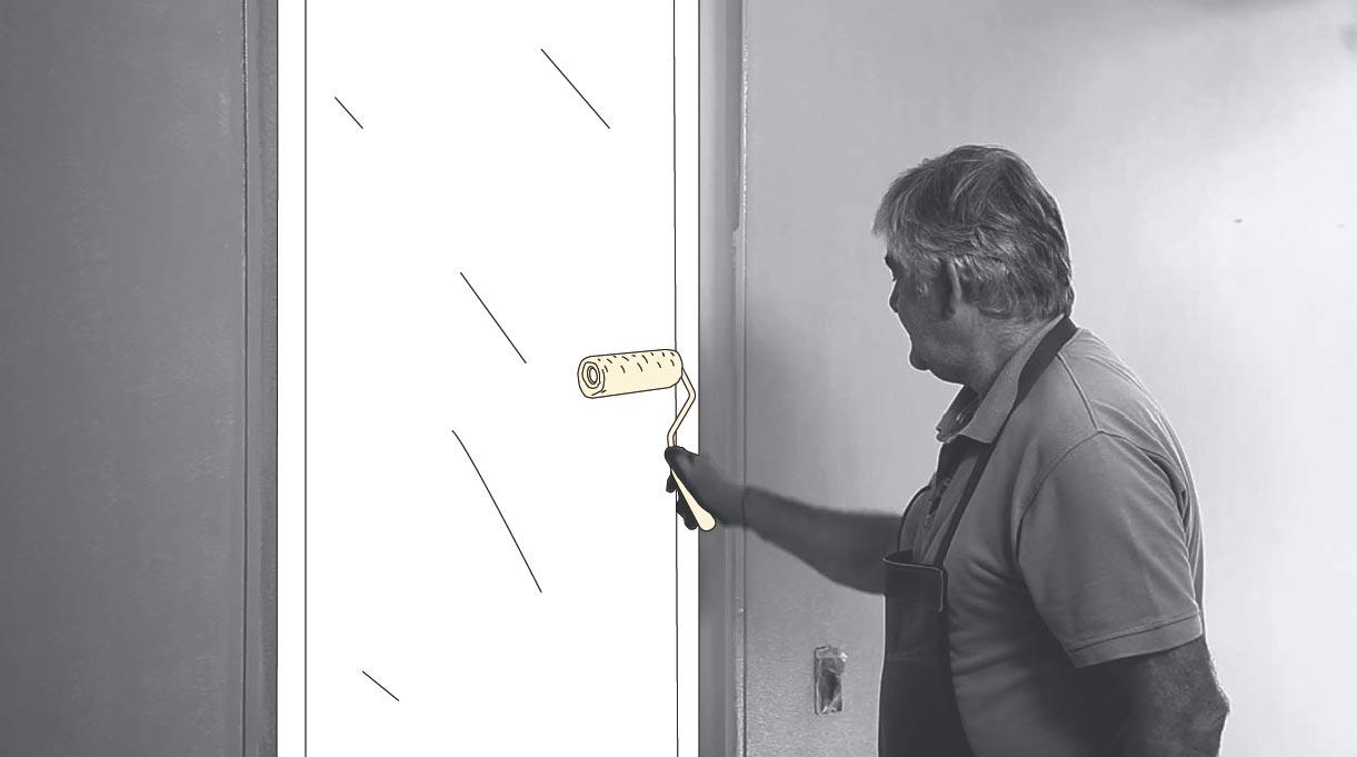 Pintar la puerta con rodillo