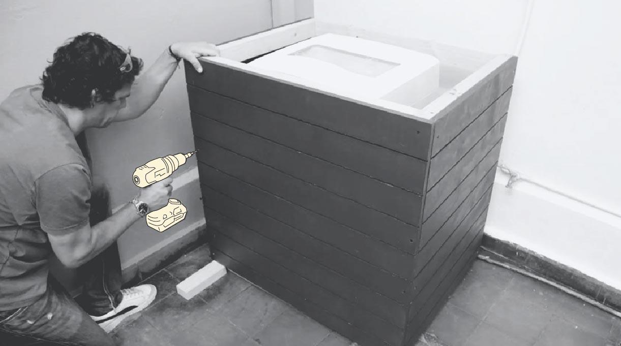 Fijar las maderas para armar el mueble para la lavadora
