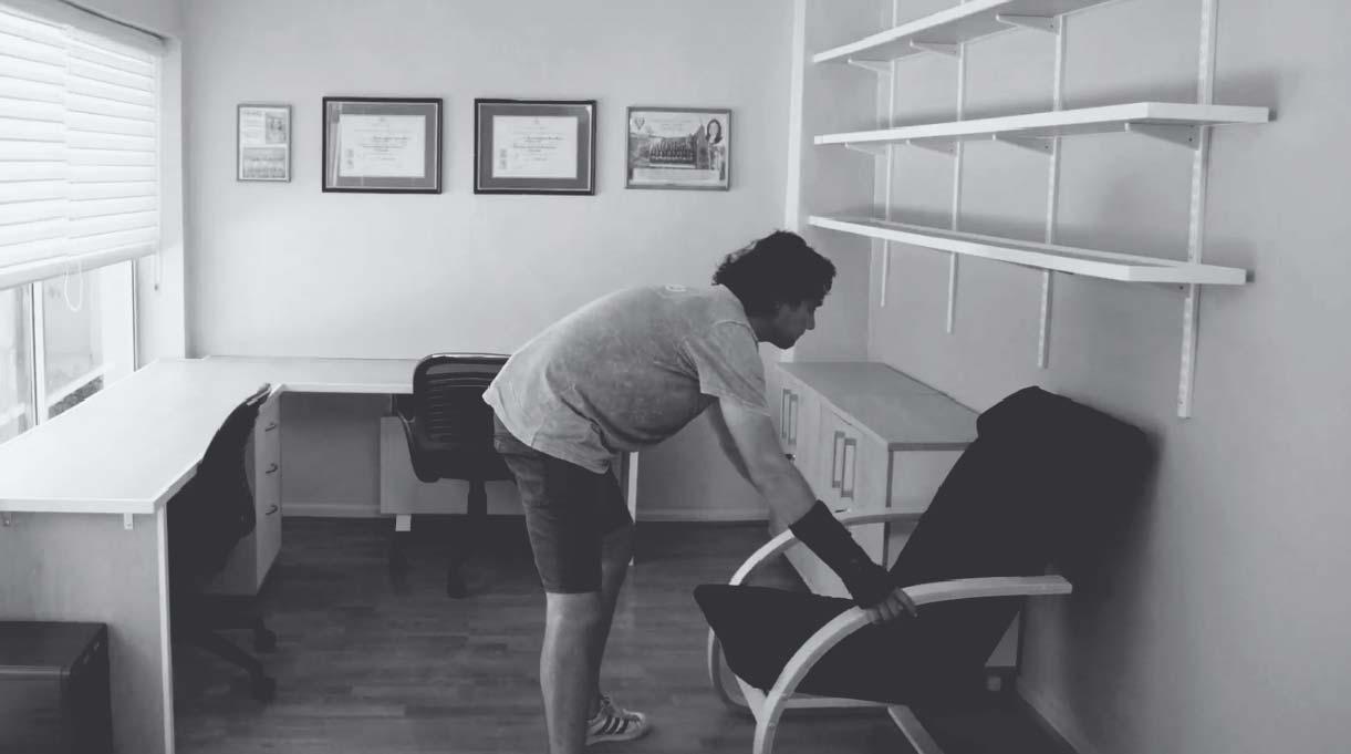 instalar un sillón para descansar en el escritorio home office