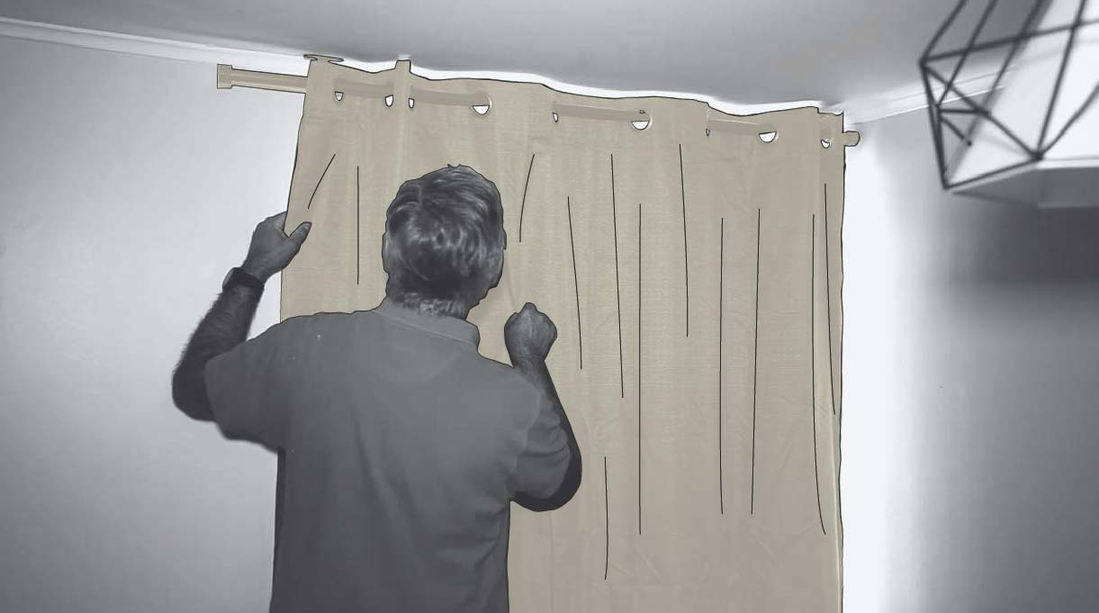 instalar cortinas blackout en el dormitorio gamer