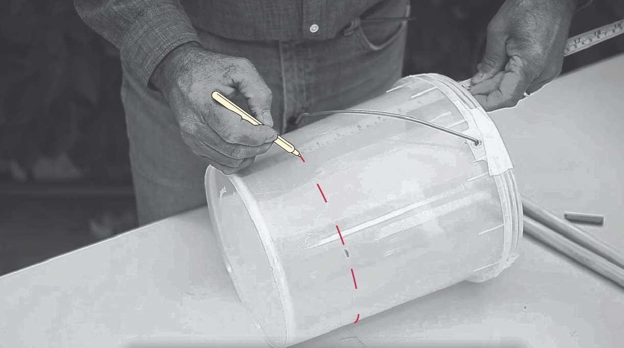 marcar 7 cm en el tarro con un lápiz por fuera