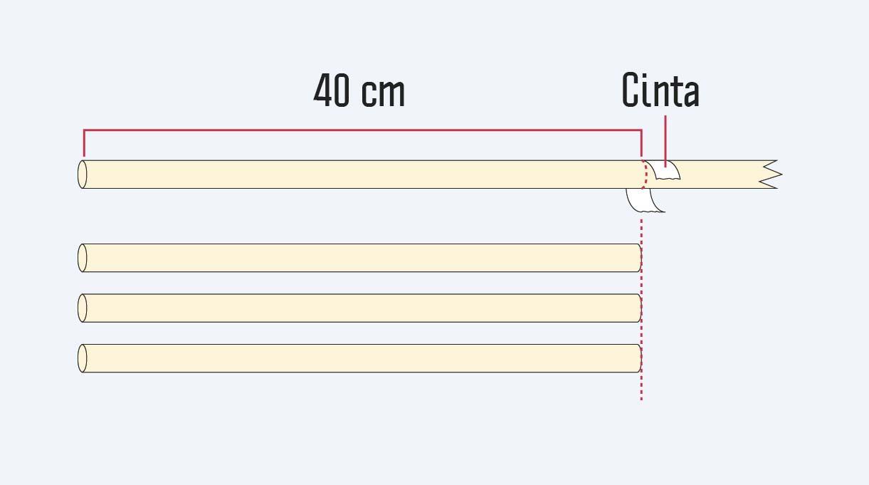 marcar con la cinta para enmascarar 40 cm en la madera para hacer las patas del banquito
