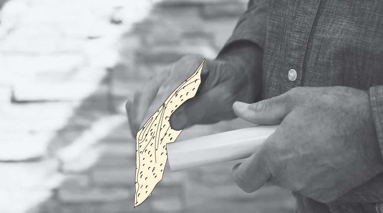 lijar las patas del banquito de concreto