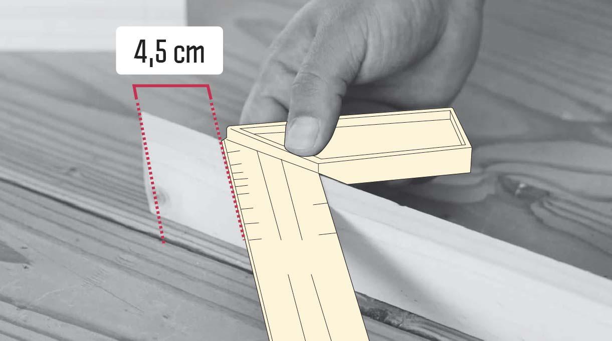 perforar a 4,5 cm del borde del trozo de 29,7 cm
