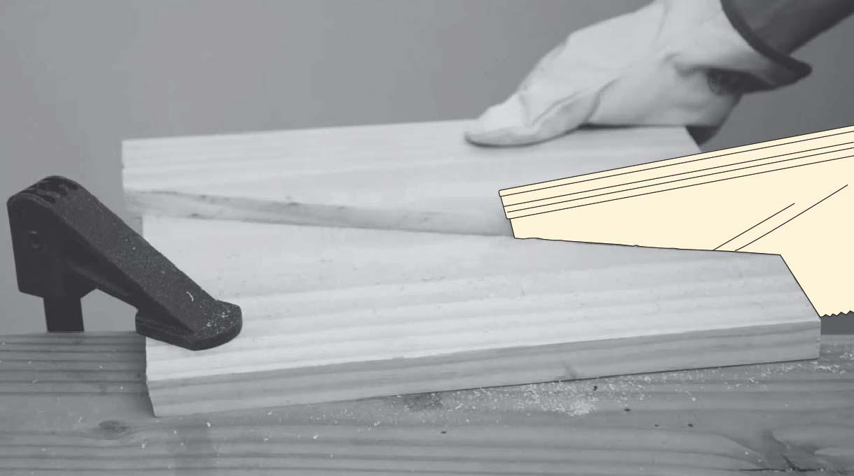 cortar la madera con un serrucho y asegurarla con una prensa sargento
