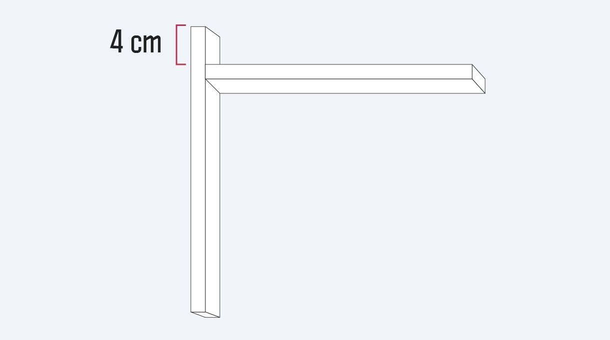 Ubicar el trozo de 26 cm a 4 cm de distancia desde el borde superior del trozo de 31 cm