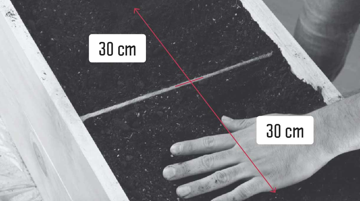 dividir la caja por la mitad en dos espacios de 30 cm