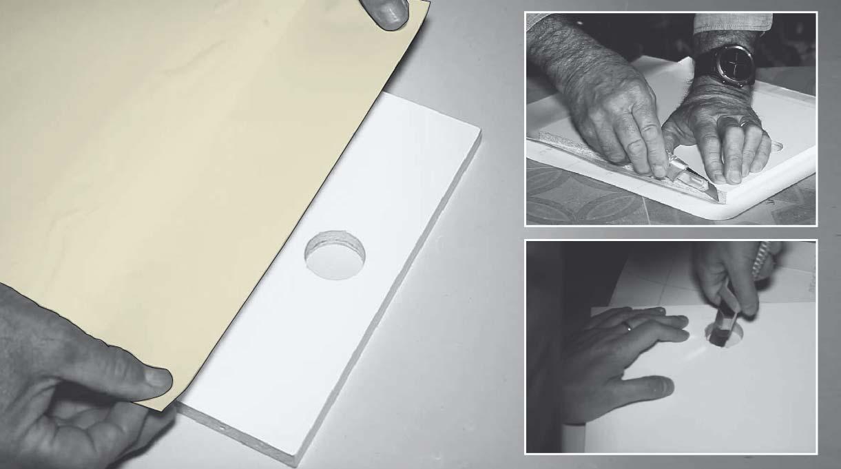 pegar papel autoadhesivo amarillo en el frontal del cajón