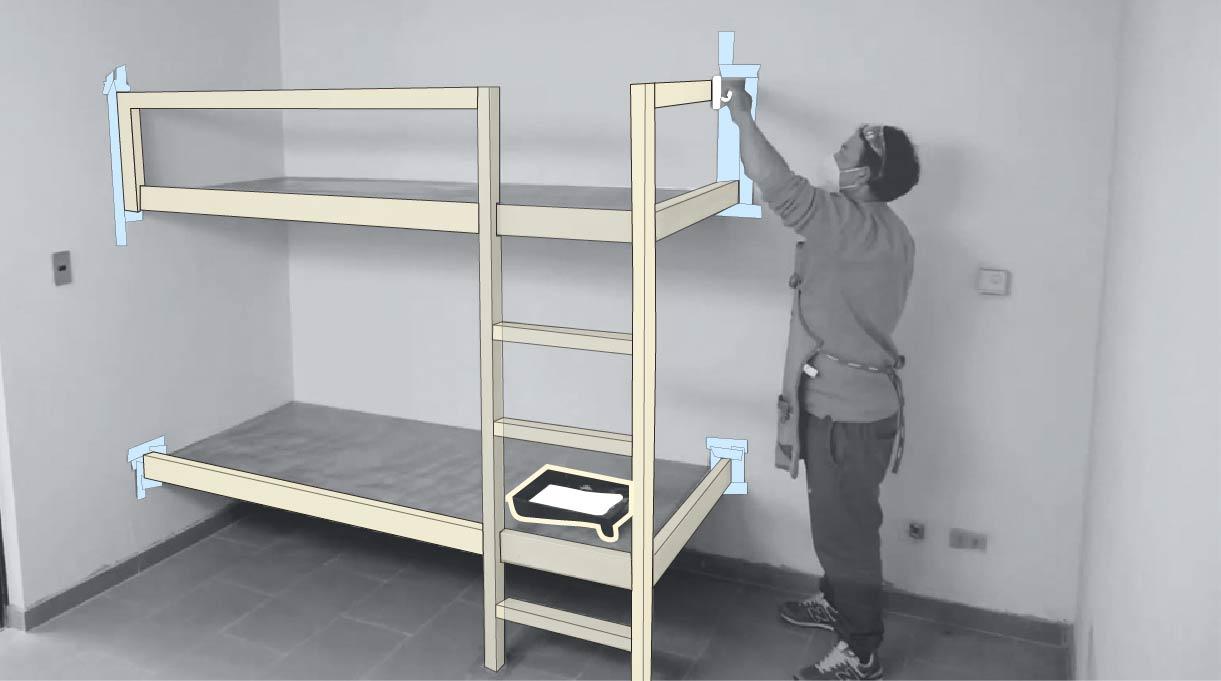 pintar las barandas, escalera y contorno de las camas