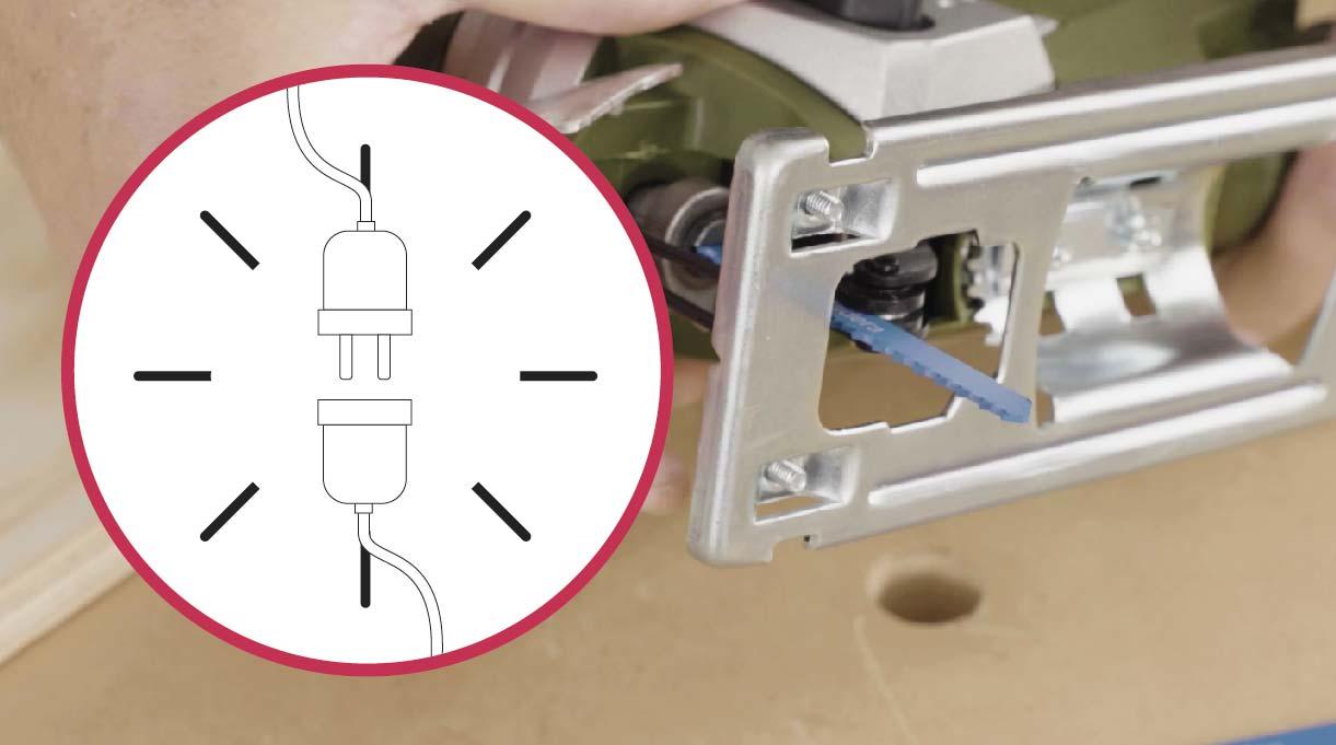 desenchufar la sierra caladora al cambiarle la hoja