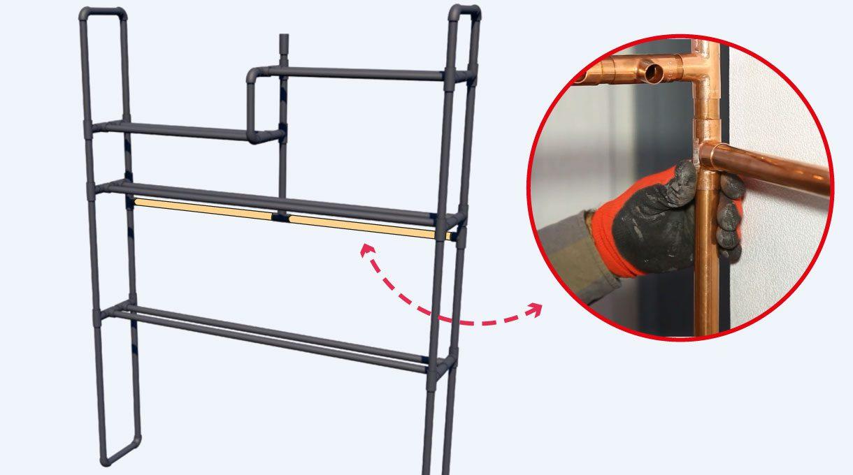 Instalar los tubos horizontales, comenzando con el de refuerzo y luego con los que hacen las veces de repisas